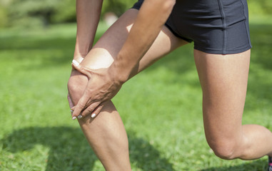 Knee pain during sports activity