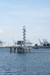 Radarstation im Hamburger Hafen