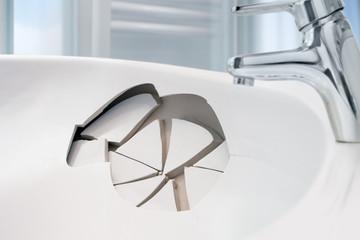 Waschbecken-Schaden
