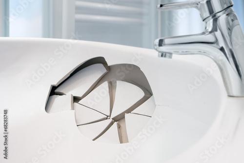 Leinwanddruck Bild Waschbecken-Schaden