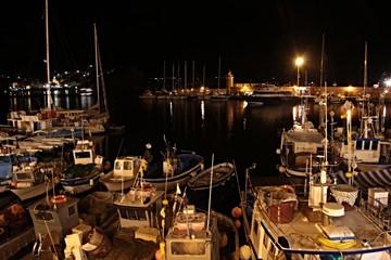 Porto Ponza di notte