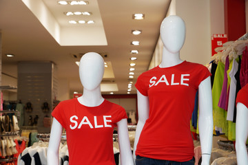 mannequins advertising summer clearance sale