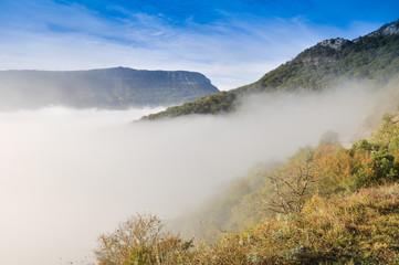 Niebla en San Miguel de Aralar, Navarra (España)