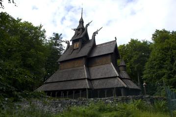 stabkirche fantoft in bergen, norwegen