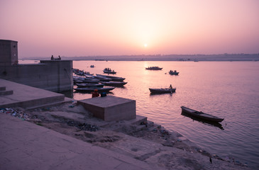 A sunrise watching from Ghat / Varanasi / India