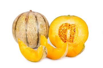 Galia Charentais Melone und Stücke isoliert
