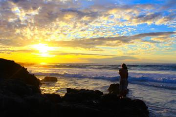 Hawaii island sunset ocean Lovers 抱きしめ合う夕暮れの海の恋人たち