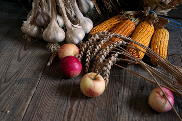summer harvest apples, cereals, garlic