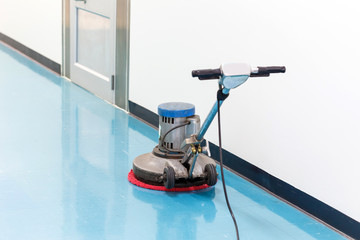 clean floor machine