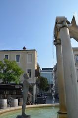 Place d'Assas, fontaines, Nîmes