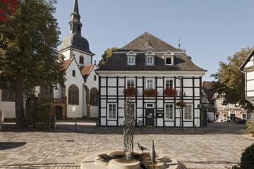 Rathaus mit Kirche Rietberg