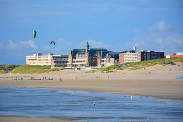 berck sur mer plage, hopital, pas de calais en france