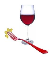 Rotwein mit Nudel
