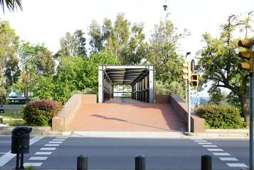 Puente sobre la ronda del Litoral de Barcelona