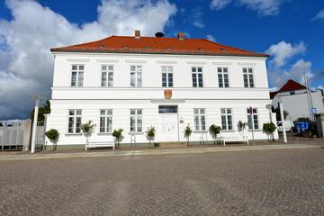 Rathaus Putbus, Bürgermeister, Insel Rügen, Verwaltung