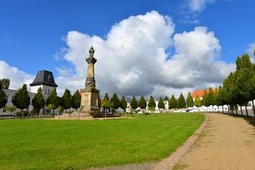 Marktplatz Putbus, klassizistische Bauten, Rathaus, Insel Rügen