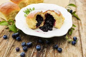 Brioche with blueberries