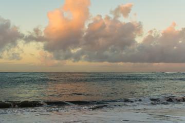 Morgendämmerung am Strand von La Caleta auf Teneriffa