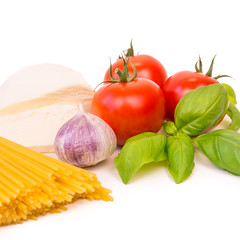 spaghetti mit zutaten