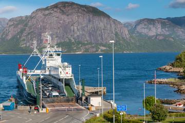 Lauvik ferry arriving
