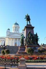 Das Denkmal für Zar Alexander II. auf dem Senatsplatz Helsinki