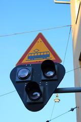 Verkehrszeichen und Ampel für Straßenbahn in Helsinki (Finnland)