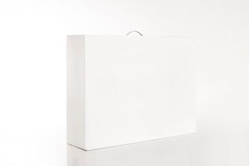 Weisse Verpackungskiste