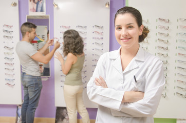 Optical store, client man and optometrist