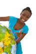 Farbige Frau isoliert mit einem Globus - Reiseziel Afrika