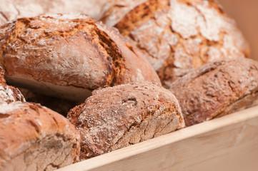 Frisches Brot, Grundnahrungsmittel, Bäcker, Kruste