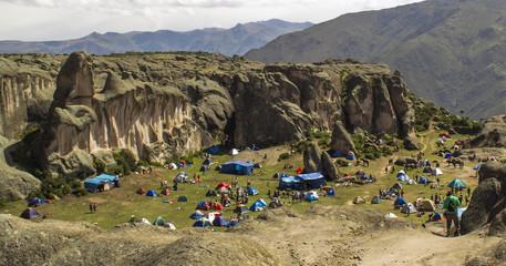 Campamento de media montaña en Marcahuasi