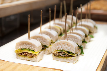 veggie sandwich recipe cocktail, Cheese and mushroom