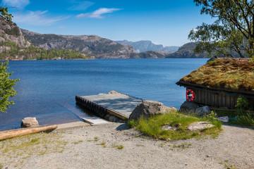 Revsvatnet boat house and dock