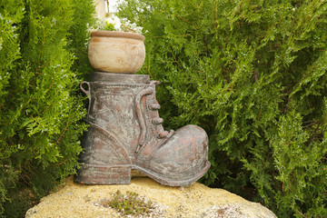 Decorative figure for garden design, outdoors