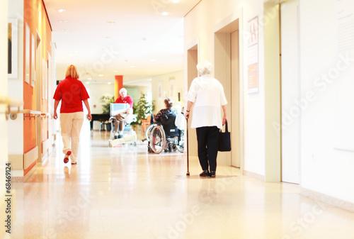 Leinwanddruck Bild im Pflegeheim