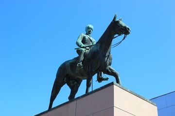 Reiterstatue Carl Gustaf Emil Mannerheim in Helsinki (Finnland)