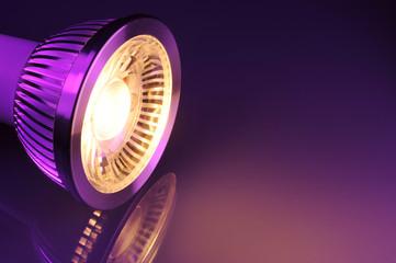 warmweiße COB-LED
