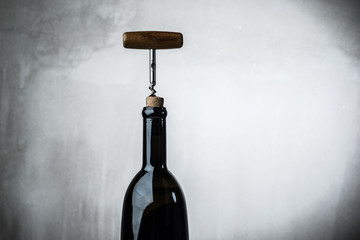 Bottle wine corkscrew
