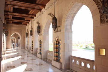 Sultan Qaboos Grand Mosque corridor