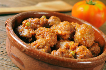 spanish meatballs stew