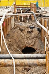 Kanalbau - Reparaturarbeiten an einem alten Kanalschacht