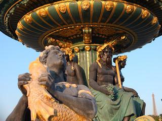 Statue fontaine place de la Concorde - Paris