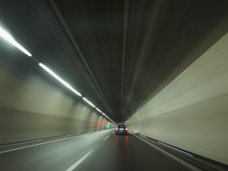 Tunnel Car
