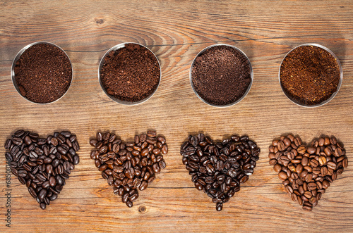 Fotobehang Koffie Coffee Beans and Ground Coffee