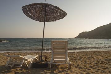 Plaj ve Şemsiyeler