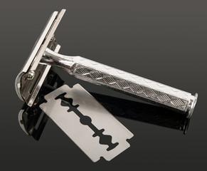 Razor and blade