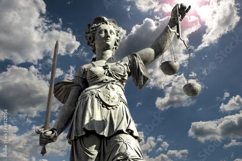 Justitia - 68528156