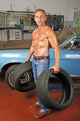 Neue Reifen für den Oldtimer