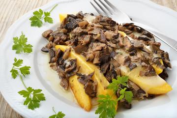 polenta fritta e funghi misti