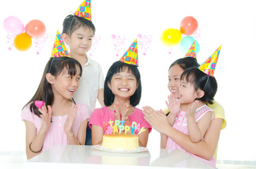 birthday party of asian kids
